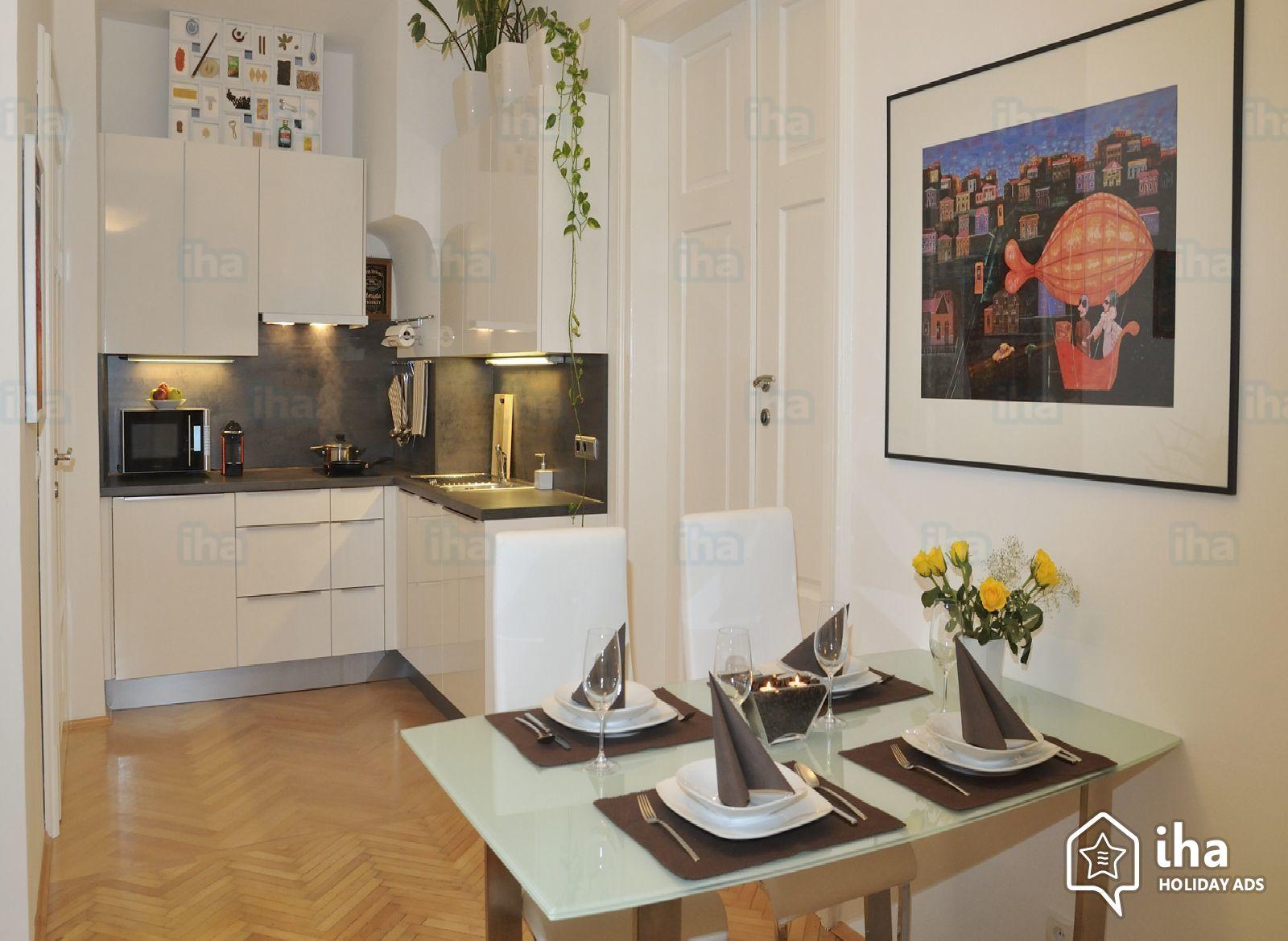 I migliori consigli per chi scegli di posare i pavimenti in legno in cucina - Arredo Parquet